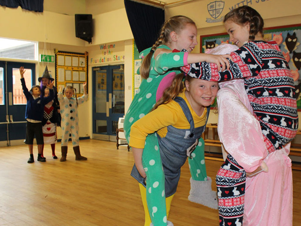 World Book Day   School Workshops, Assemblies and Visits for World